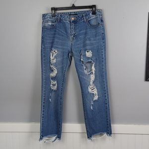 Forever21 Distressed Cropped Jeans, size Large